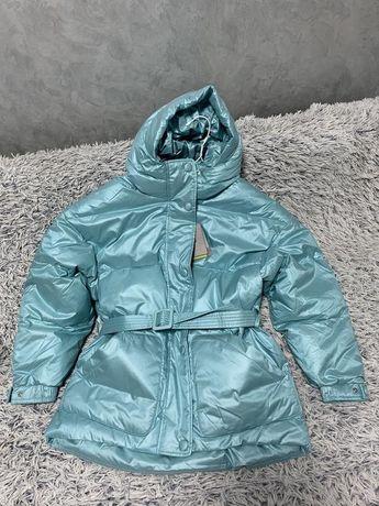 Куртка пуховик оверсайз в стиле Ienki Ienki голубая фиолетовая
