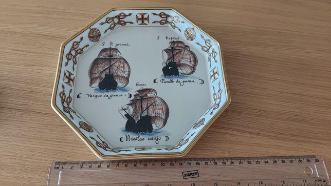 """Bandeja """"Armada de Vasco da Gama"""" da Vista Alegre em porcelana"""
