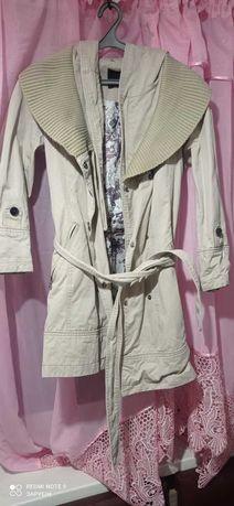 Курточка плащ пальто фирмовое
