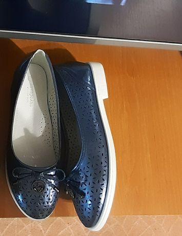 Туфли туфельки новые