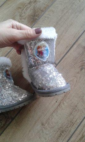 Детские ботиночки угги