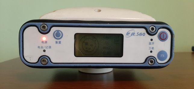 GNSS GPS приймач South S60