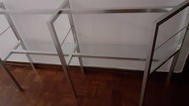 Expositor multiusos em alumínio e vidro