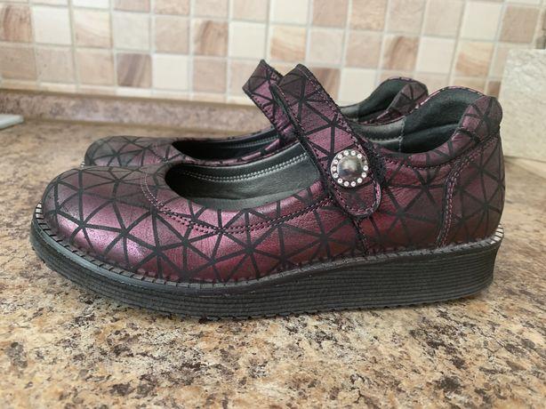 Туфли кожаные  Topitop 34 размер