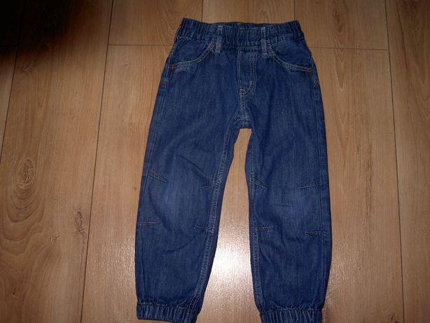 Spodnie, spodenki jeansowe dla chłopca 3-4 lata