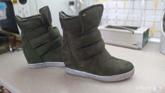 Сникерсы,кроссовки, ботинки