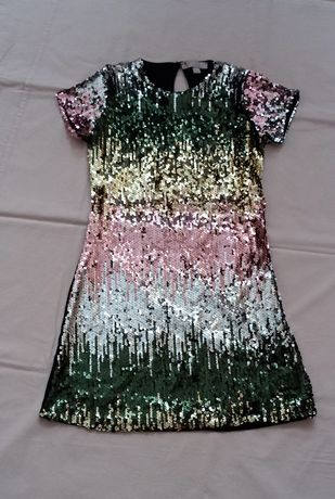 Обалденное, нарядное платье с пайетками на девочку