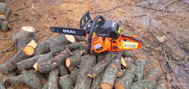 Пиляем дрова на дому , выпиливания деревьев ,очистка от сухостоя.