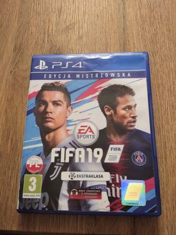 FIFA 19 PS4 stan bardzo dobry