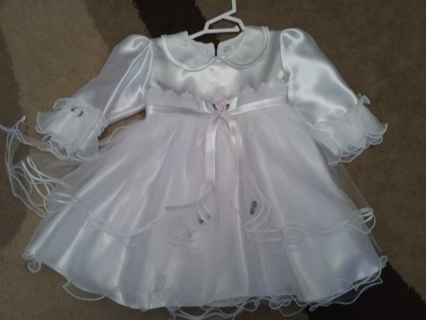 Ubranko sukienka do chrztu dla dziewczynki 74