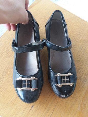 шкільні туфлі,школьные туфли