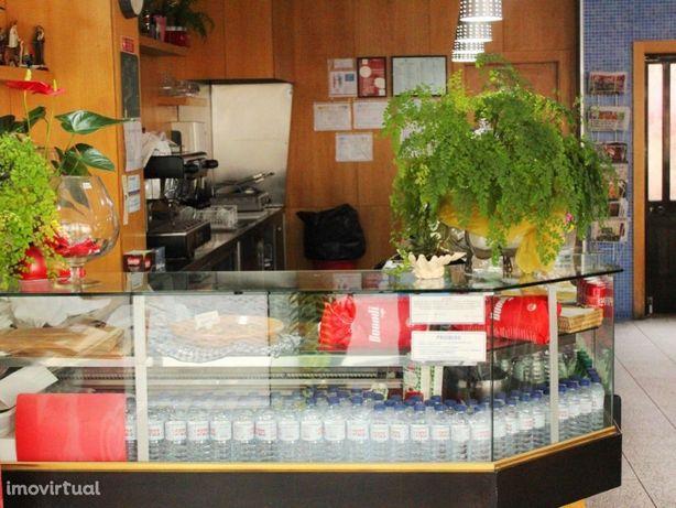 Café / Snack-Bar em Espinho em zona habitacional , perto ...