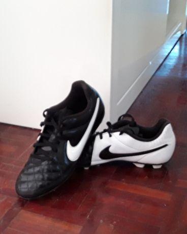 Sapatilhas de Futebol