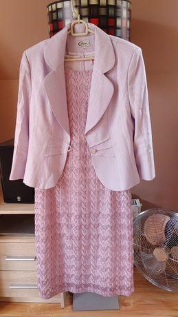 Sukienka z żakietem.