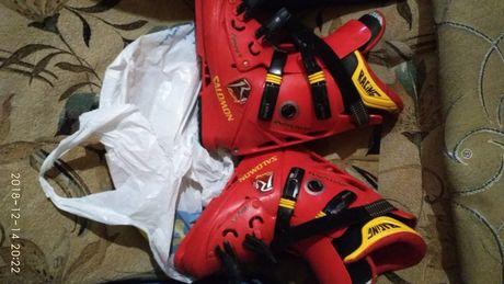 Продам ботинки и лыжи