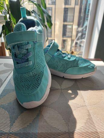 Кросівки для дівчинки 36 розмір(22.5 см.)