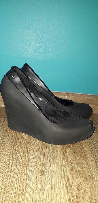 Buty na koturnie Koło - image 1