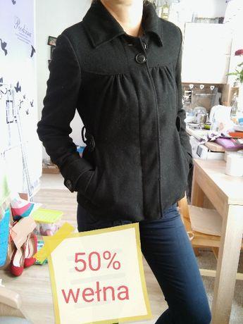 Czarny krótki płaszczyk basic 50 % wełna 36 S Vero Moda