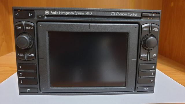 Radio VW MFD wersja D z kodem oraz cyfrową zmieniarką USB SD AUX