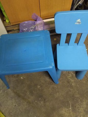 Stolik+ krzesełko dla dziecka.