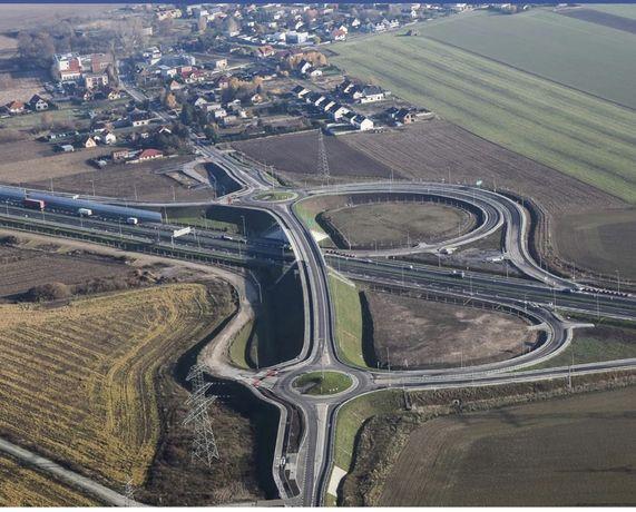 Działka inwestycyjna przy węźle trasy s5 Bydgoszcz