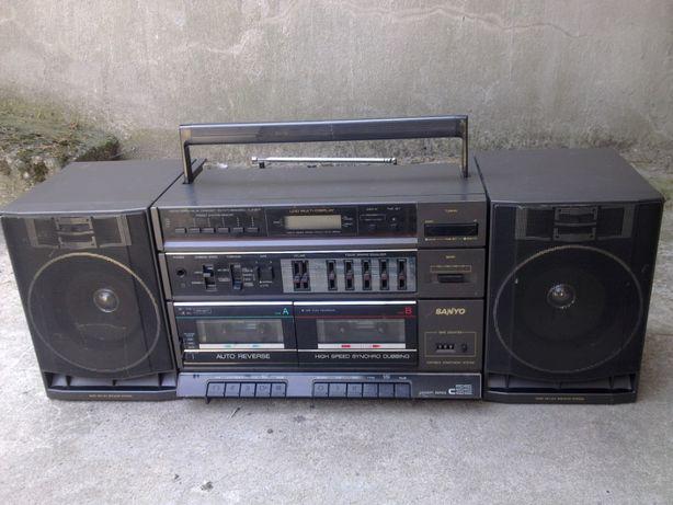 SANYO C33 LET Radiomagnetofon kasetowy z lat 80-tych