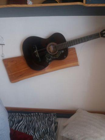Sprzedam gitare klasyczną SKYWAY 3/4 plus struny oraz statyw drewniany