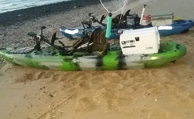 Kayak Pesca pedais Narval 13 Registado com sonda Raymarine 5 pro