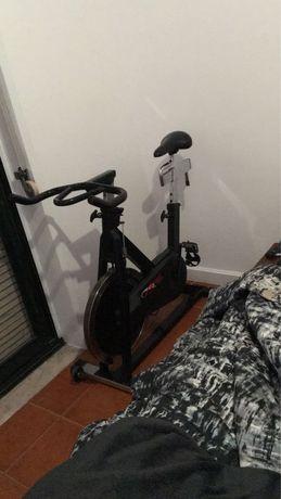 Spinning Bike indoor estatica cicling