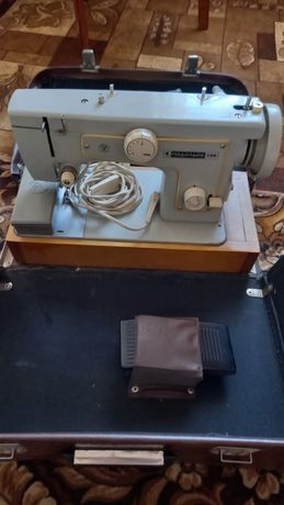 Швейная машинка Подольск 132