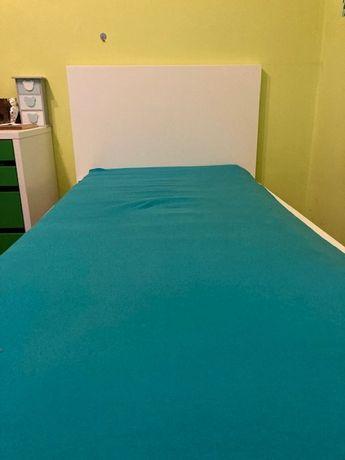 Łóżko jednoosobowe z wezgłowiem MALM IKEA