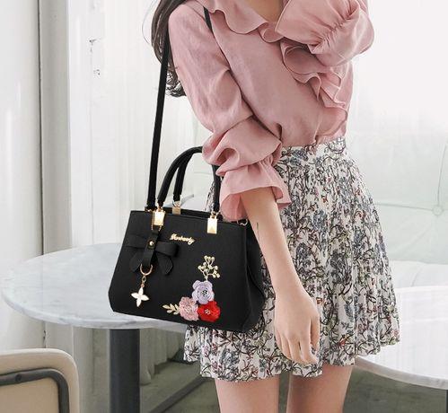 Модная женская сумка с вышивкой цветы сумочка через плечо черная 2020