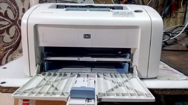 Продам принтер НР-1018