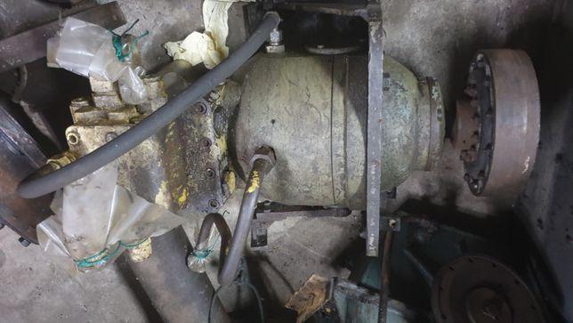Pompa hydrauliczna SPV-8 z podstawą