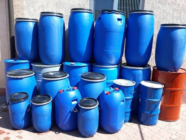 Продам бочки, канистры пластиковые(30-200л).