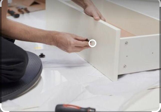 Montagem de mobiliario do Ikea