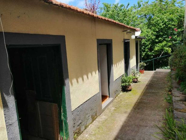 Casa t4 pra remodelar São Roque do Faial