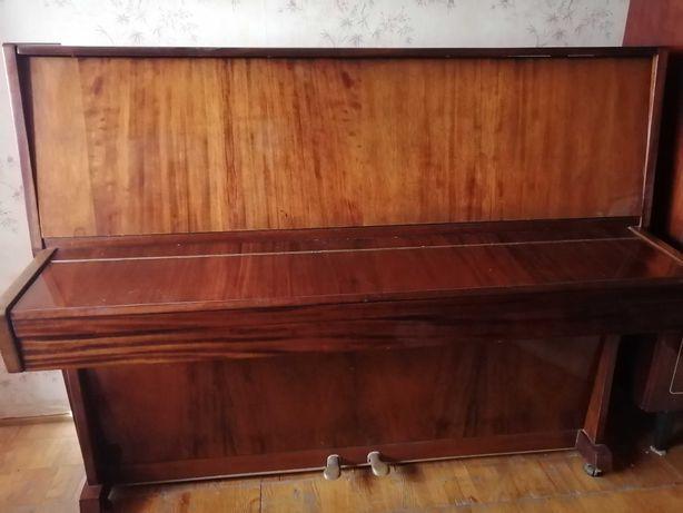 Пианино Украина 1975