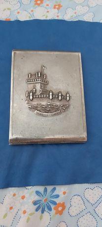 Caixinha em prata com torre de Belém gravada