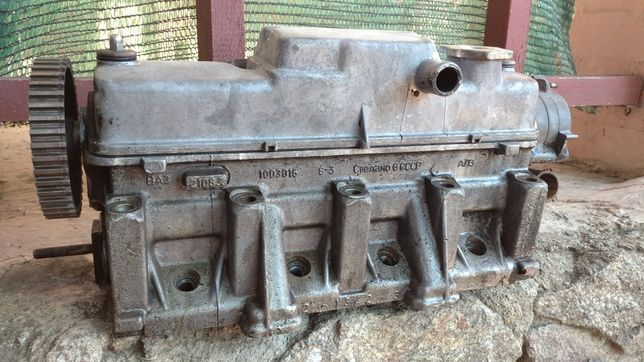 Головка двигателя ВАЗ 2108