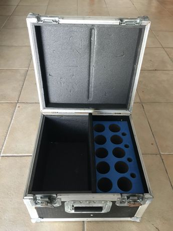 Flightcase para microfones