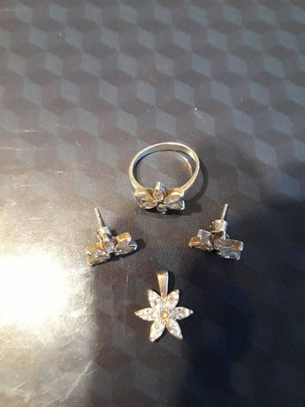 Komplet srebrny w kwiatki