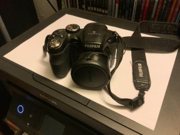 Máquina fotográfica fujifilm fine pix S
