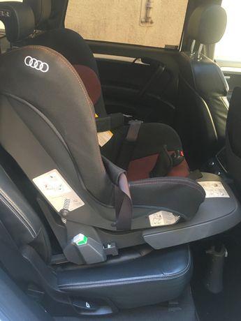 Fotelik samochodowy Audii plus baza