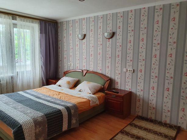 """Проспект 115 Р-н"""" Формаркета""""  1 чи 2 -ох кімн.квартира для 1-4 гостей"""