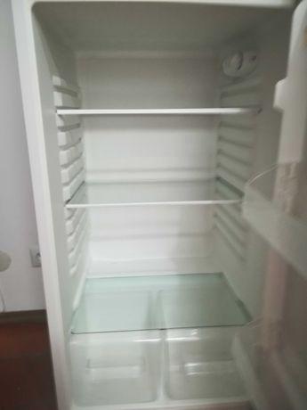 Frigorífico c/ congelador