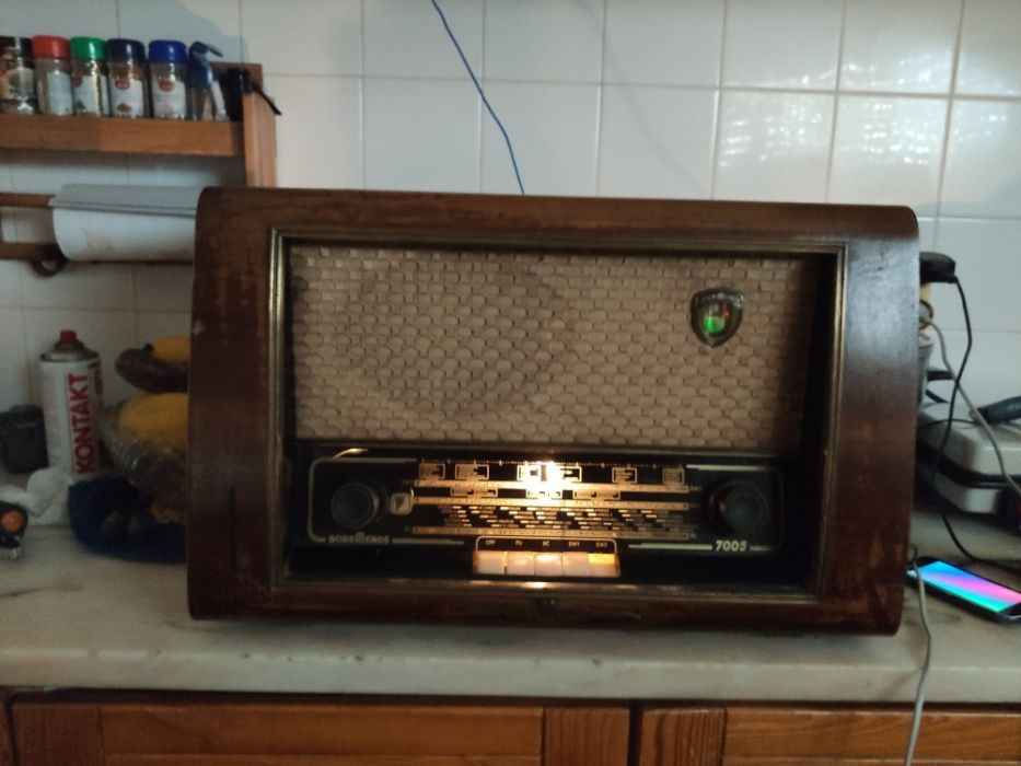 radio antigo a valvulas marca nordmende modelo 7005