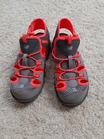 Buty sandały  New Balance rozm. 32.5