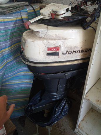 Motor barco johnson