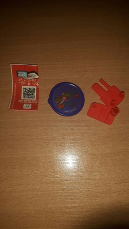 Zabawka z kinder joy super miario